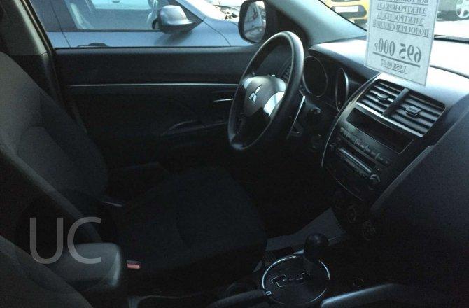 подержанный авто Mitsubishi ASX 2012 года