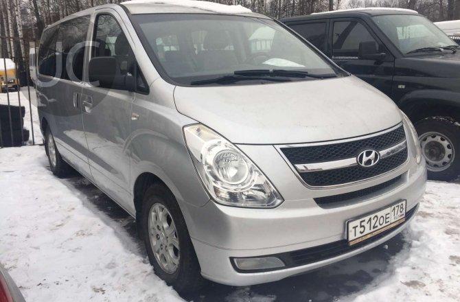 подержанный авто Hyundai H1 (Starex) 2009 года