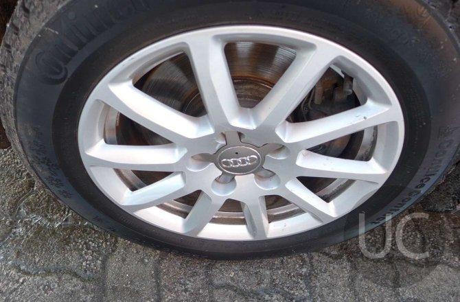 купить б/у автомобиль Audi A4 2014 года