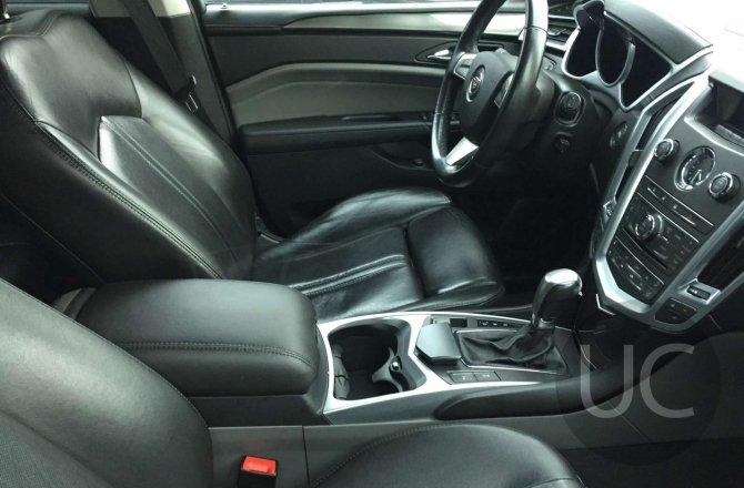 Cadillac SRX 2011 года за 985 000 рублей