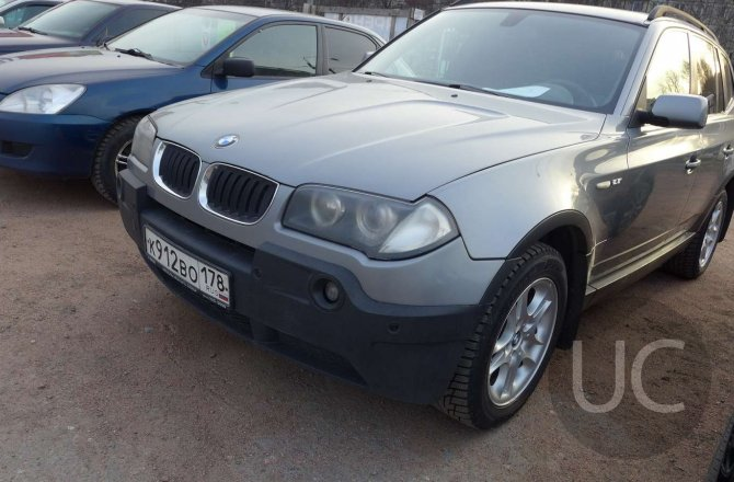 подержанный авто BMW X3 2004 года