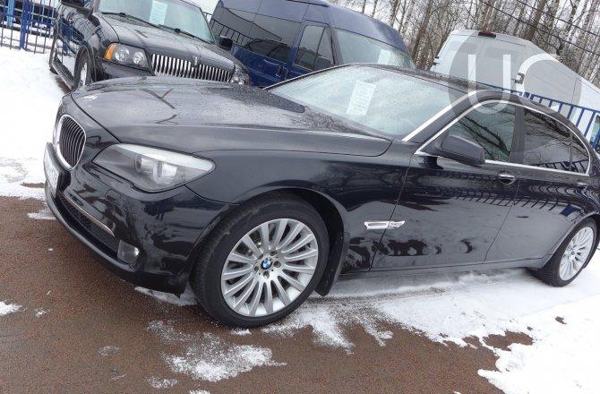 подержанный авто BMW 7 series 2012 года