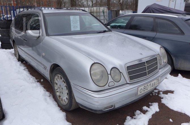 подержанный авто Mercedes-Benz E-Class 1998 года