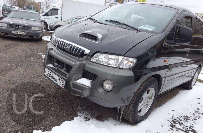 подержанный авто Hyundai H1 (Starex) 2002 года