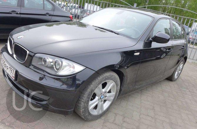 подержанный авто BMW 1 series 2010 года