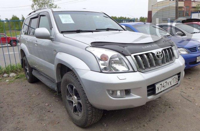 подержанный авто Toyota Land Cruiser Prado 2003 года