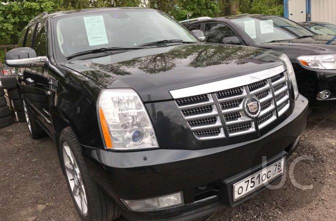 подержанный авто Cadillac Escalade 2011 года