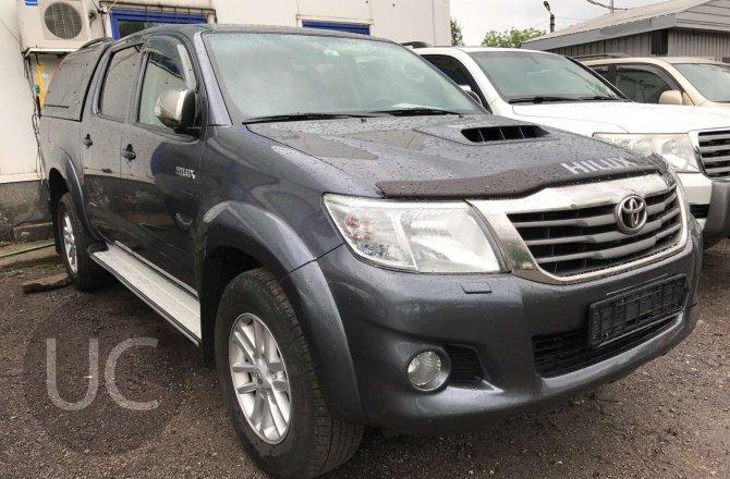 купить Toyota Hilux с пробегом, 2012 года