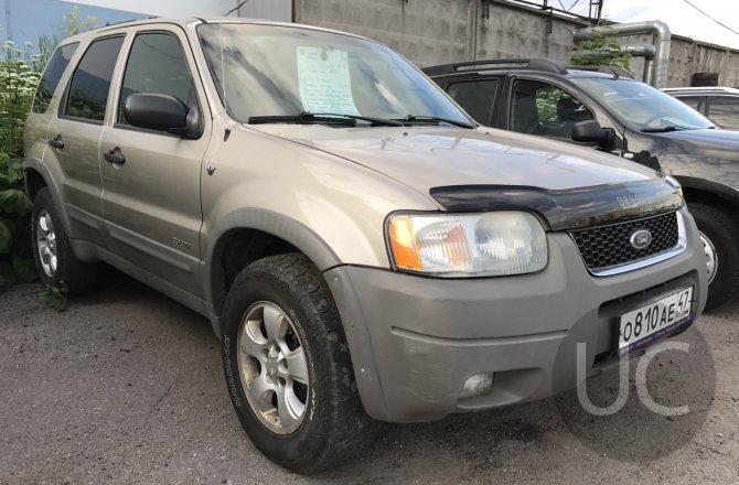 подержанный авто Ford Escape 2001 года