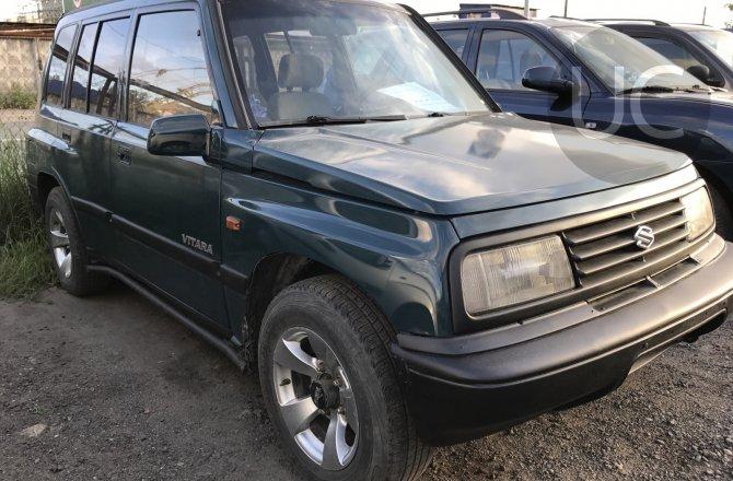 подержанный авто Suzuki Vitara 1993 года