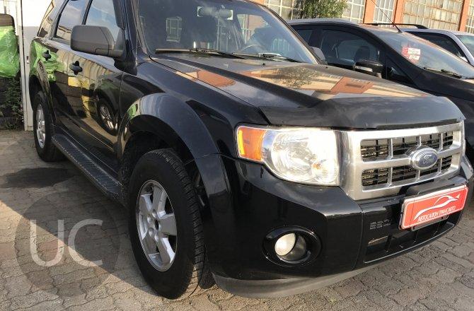 подержанный авто Ford Escape 2008 года