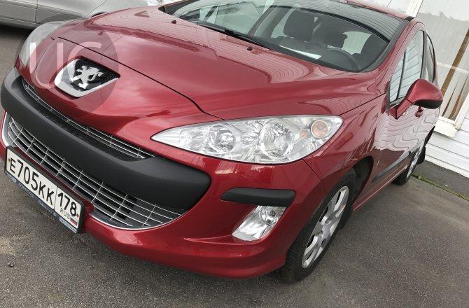 подержанный авто Peugeot 308 2011 года