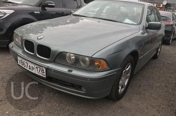 подержанный авто BMW 5 series 2002 года