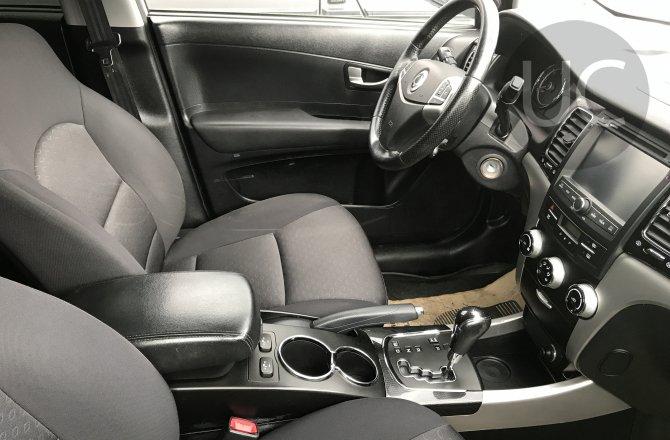 подержанный авто Ssang Yong Actyon 2012 года