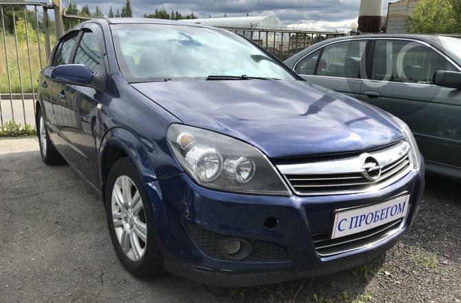 подержанный авто Opel Astra 2008 года