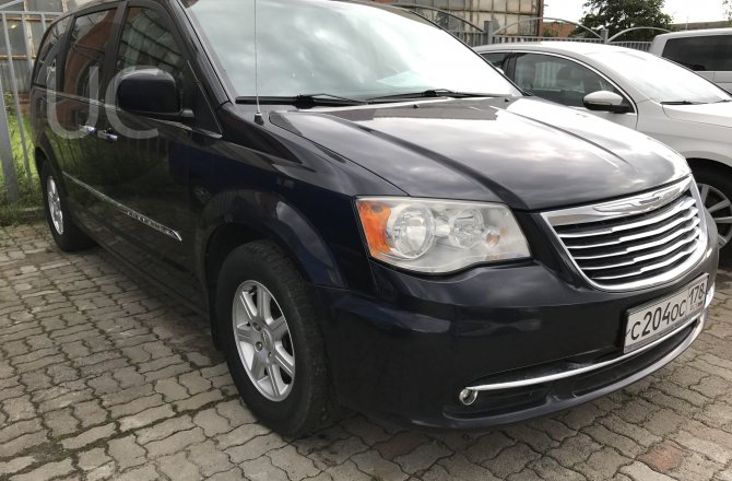 фотографии Chrysler Grand Voyager