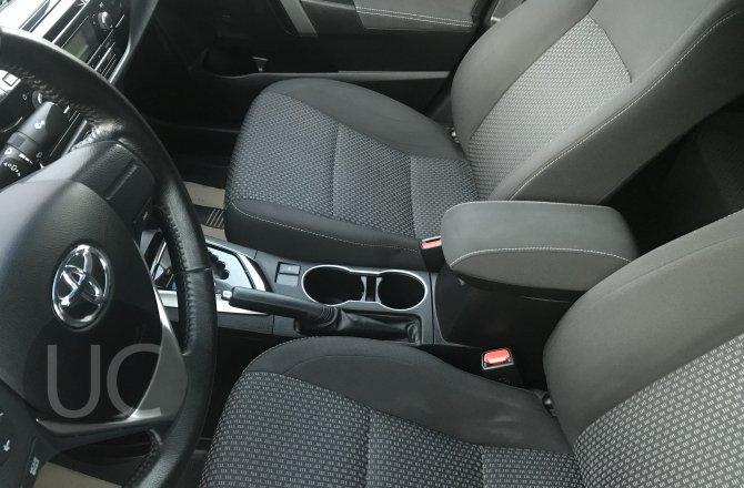 купить б/у автомобиль Toyota Corolla 2014 года
