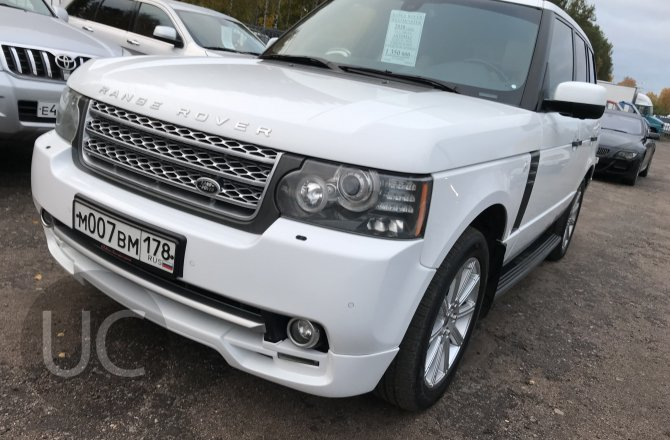 подержанный авто Land Rover Range Rover 2010 года
