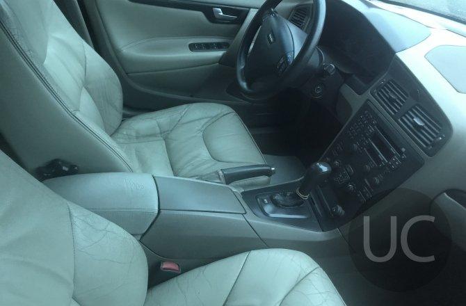 фотографии Volvo S60