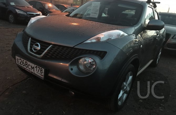 подержанный авто Nissan Juke 2011 года