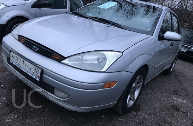 подержанный авто Ford Focus 2001 года