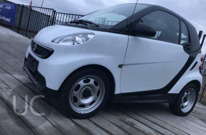 подержанный авто Smart ForTwo 2014 года