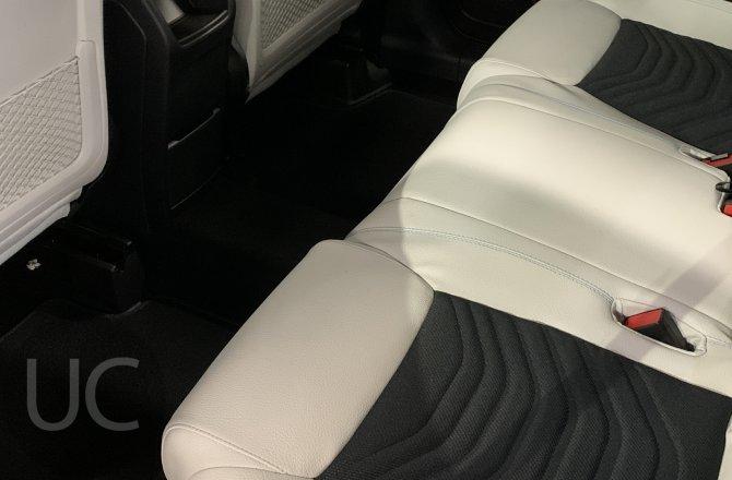 фотографии Mercedes-Benz GLB-сlass