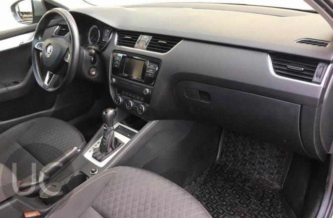 купить б/у автомобиль Skoda Octavia 2016 года