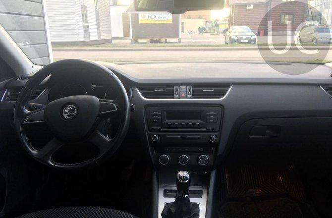 купить б/у автомобиль Skoda Octavia 2013 года