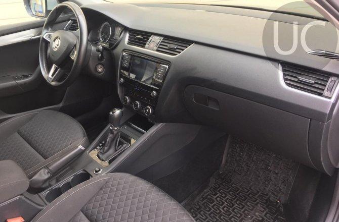 купить б/у автомобиль Skoda Octavia 2017 года