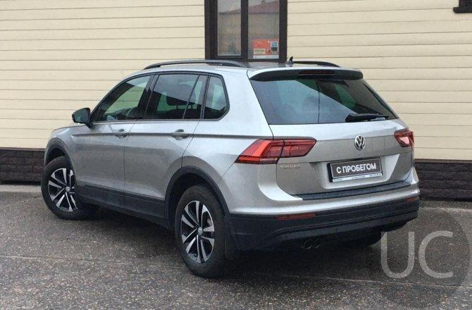 подержанный авто Volkswagen Tiguan 2019 года