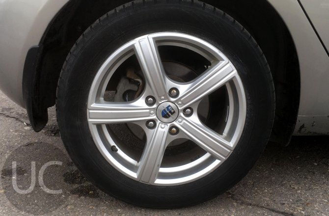 купить б/у автомобиль Kia Venga 2012 года