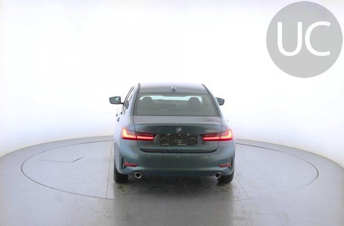 объявление о продаже BMW 3 series 2019 года