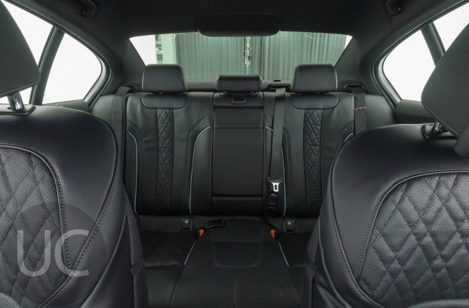 подержанный авто BMW 5 series 2019 года