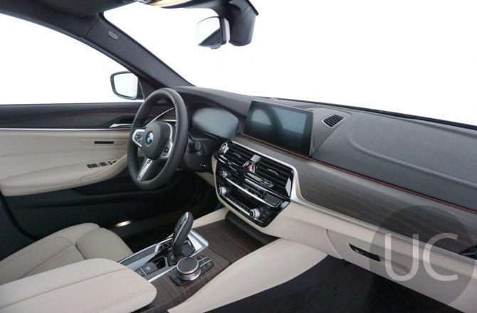 купить б/у автомобиль BMW 5 series 2020 года