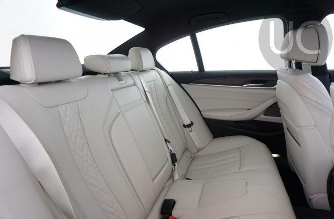подержанный авто BMW 5 series 2020 года