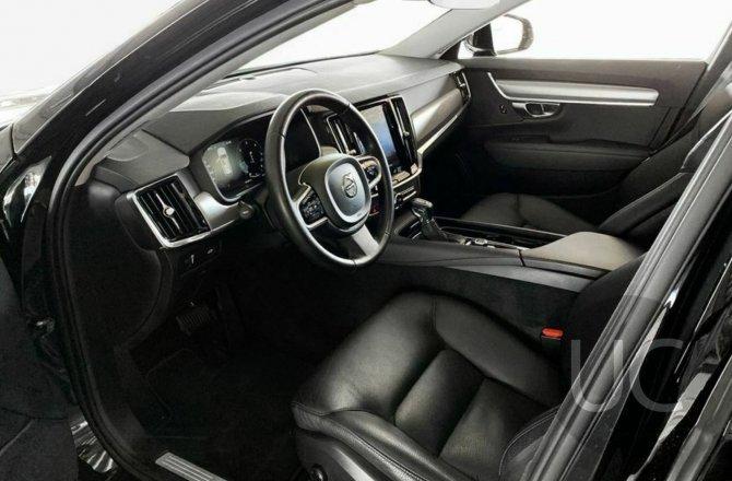 купить б/у автомобиль Volvo V90 2018 года