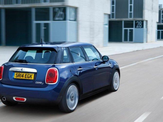 0001-New-Mini-5-door-photo-gallery-and-specifications.jpg