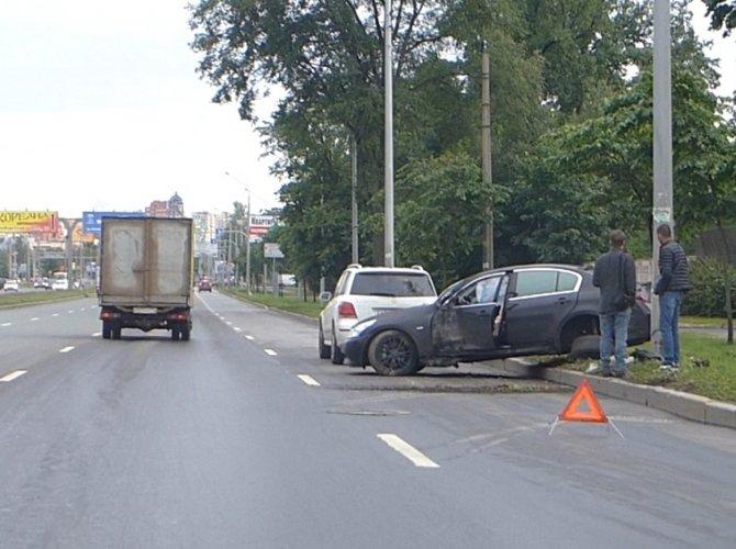Наезд на столб на Выборгском шоссе