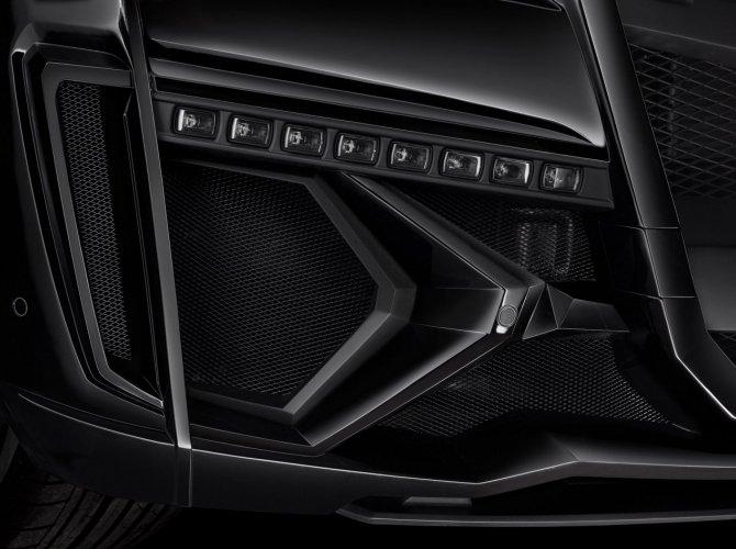 Mercedes-Benz_GL_Larte_Design_8.jpg
