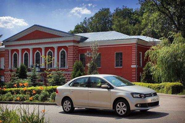 ALEA_Volkswagen_Polo_Sedan_2.jpg
