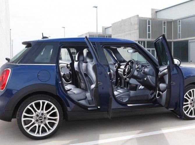Mini Hardtop 4-door