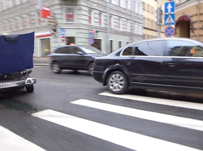 ДТП на Большом проспекте Петроградской стороны