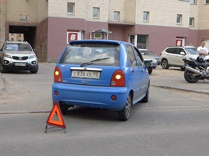 ДТП на улице Обручевых