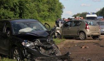 Трое пострадавших включая полицейского - результат аварии на трассе Тула-Новомосковск.