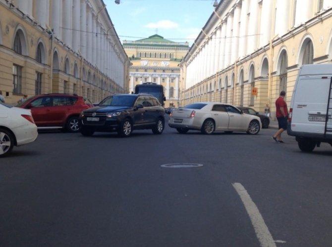 ДТП на улице Зодчего