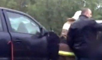 Тяжелая трассовая авария на автодороге Усинск- УстьУса с участием автомобилей Mazda и Volkswagen