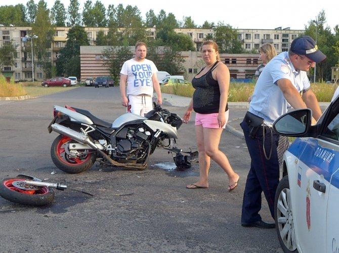 ДТП с мотоциклистом на Чекистов