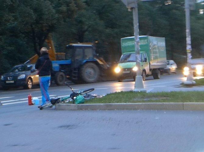 ДТП с велосипедистом напротив Озерков
