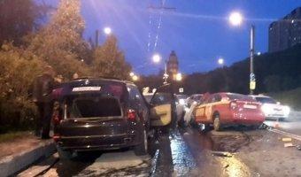 Массовая ночная авария в Мурманске - один человек погиб